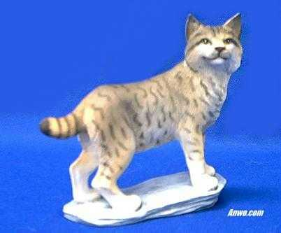 Bobcat Figurine Statue At Animal World 174