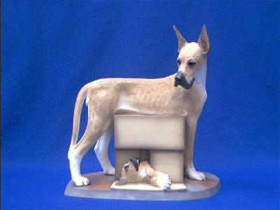 great dane figurine adult with puppy