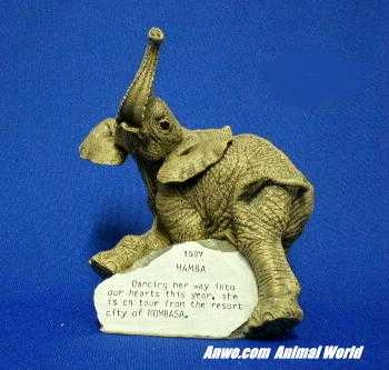 herd elephant figurine mamba 1997