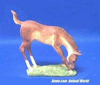 horse foal figurine statue