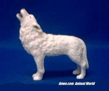 howling white wolf figurine statue