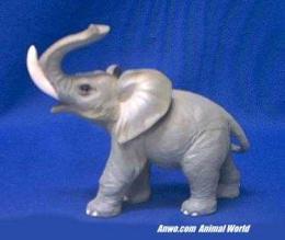 elephant figurine statue