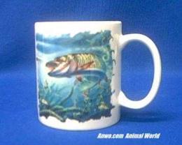 musky-fish-mug-porcelain.JPG