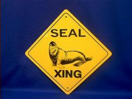 seal crossing sign