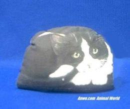 tuxedo-cat-paperweight-doorstop.JPG